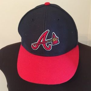 (1214). Atlanta Braves Hat.  NWOT